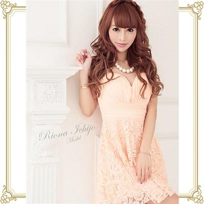 フレア系ドレス1つ目の写真