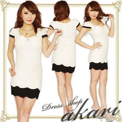 タイト系ドレス2つ目の写真